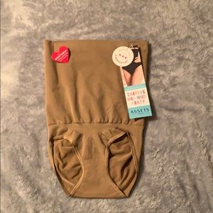 Assets By Spanx Intimates & Sleepwear - Shaping high waist panty